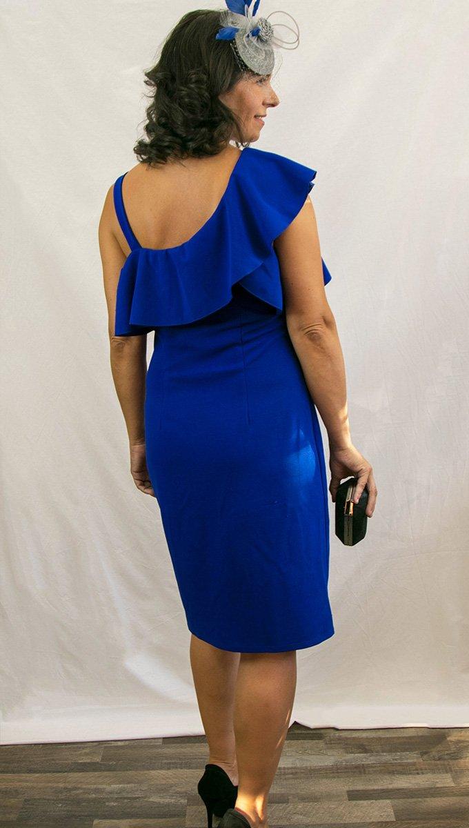 vestido-corto-azul-kleim-hombro-descubierto-alquiler-me-lo-prestas-2
