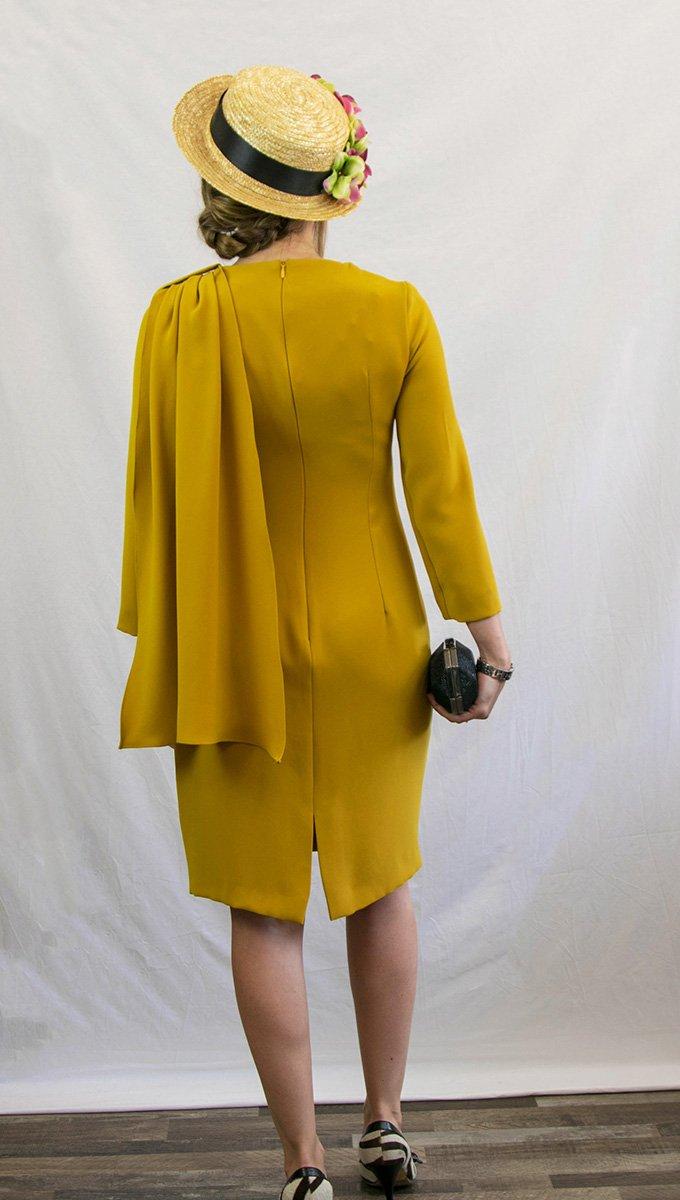vestido-corto-evento-mostaza-coosy-alquiler-me-lo-prestas-2