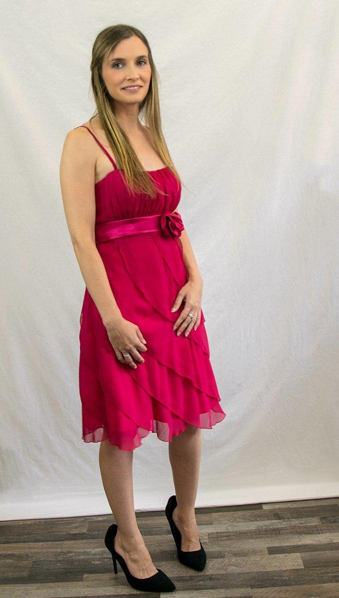 vestido-graduación-frambuesa-corto-alquiler-me-lo-prestas-2