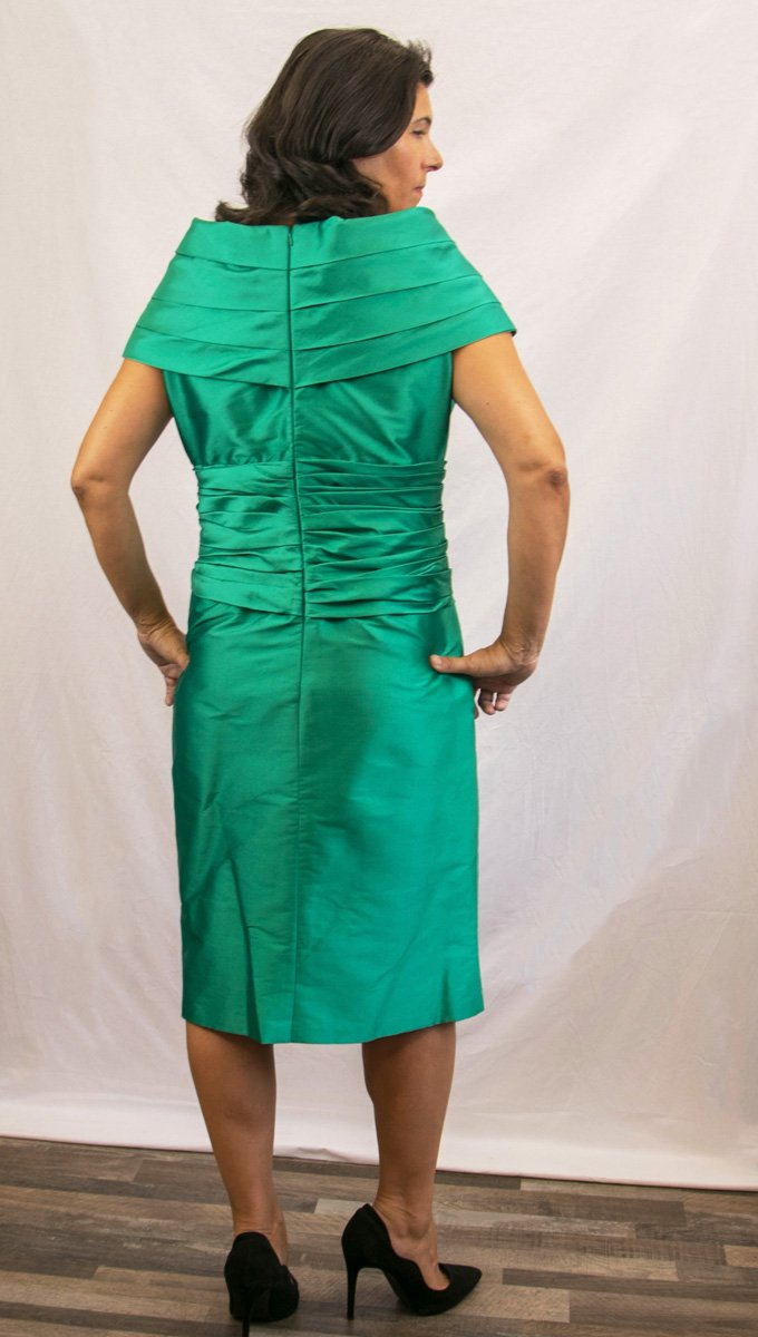 vestino-madrina-boda-verde-alquiler-me-lo-prestas-2