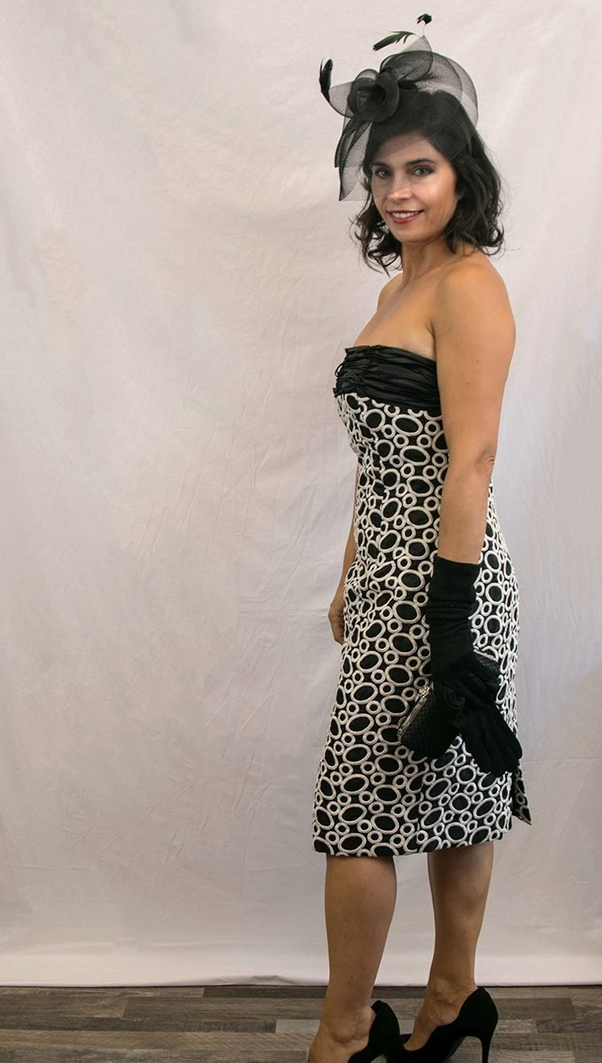 vestido-corto-evento-blanco-negro-alquiler-me-lo-prestas